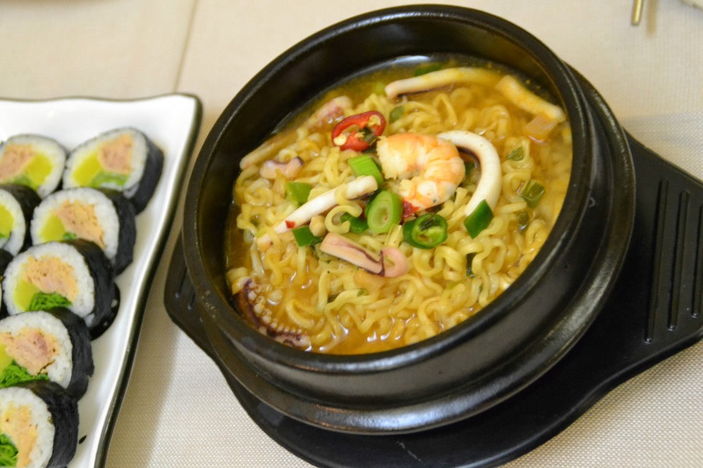 Noodle house cucina coreana a milano tangibiliemozioni for Cucina coreana