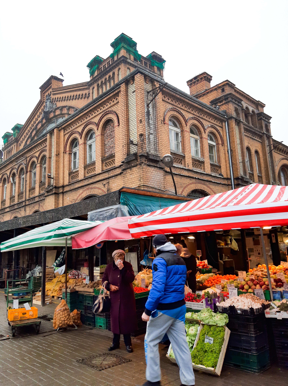 mercato-mirowska-1